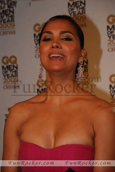 Lara-Dutta-GQ-Awards-7-403x600