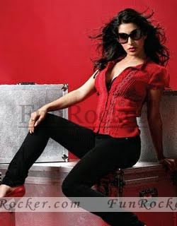 Sophie-Choudry-FHM-photo-shoot