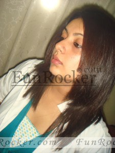 Pakistani-Girls-(FunRocker.Com)02