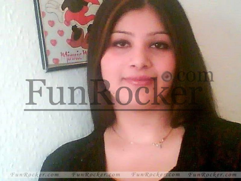 Pakistani-Girls-(FunRocker.Com)38