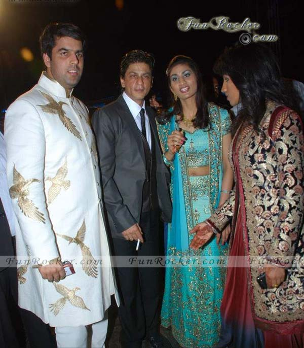 Famous Celebrities At Videocon Wedding