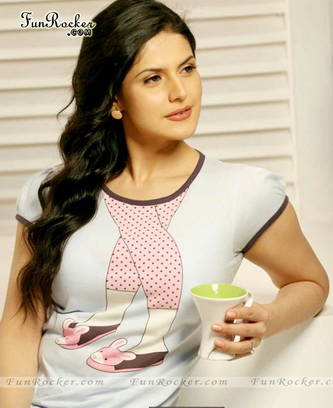 Zarine Khan - Images Colection