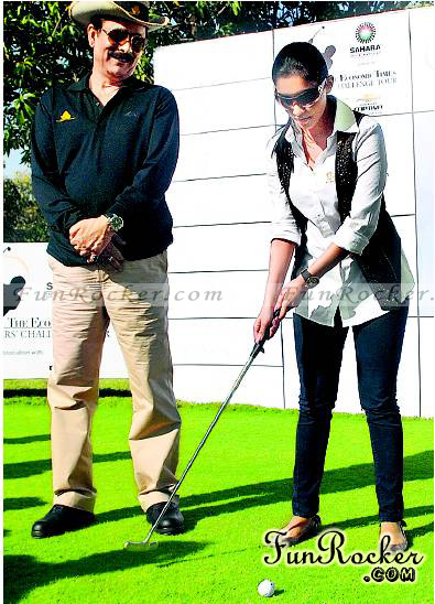 Asin Playing Golf