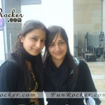 Desi-Pretty-Cute-Pakistani-Girls-Pics-(FunRocker.Com)-16