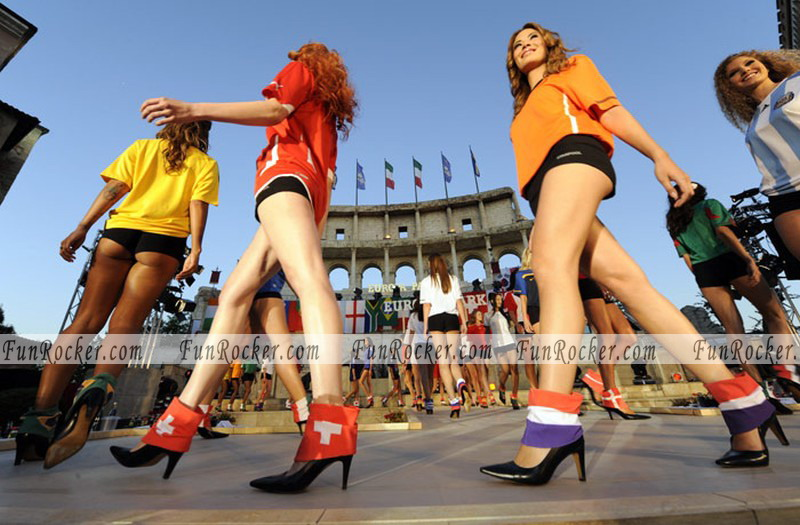 FIFA World Cup 2010 Girl Photos Soccer 2010