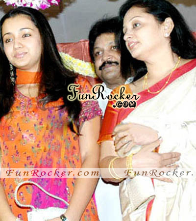 Watch Khatta Meetha Movie Online Actress Trisha With Mom