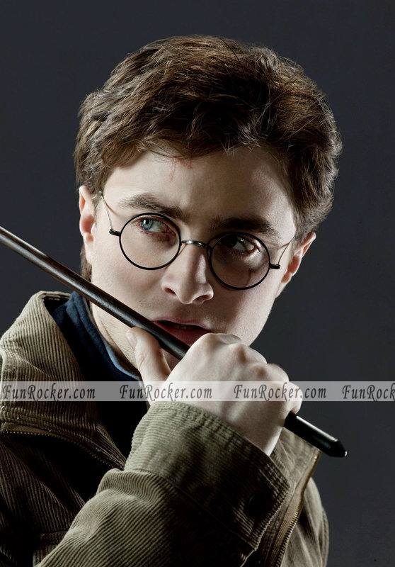 Harry Potter and The Deathly Hallows Wallpapers Stills Posters