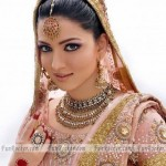 Pakistani-Female-Sexiest-Models-Artificial-Jewelery-(FunRocker.Com)-01