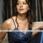 Reema-Sen-Sizzling-Sexiest-Photo-shoot-(FunRocker.Com)-03