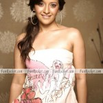 Reema-Sen-Sizzling-Sexiest-Photo-shoot-(FunRocker.Com)-07