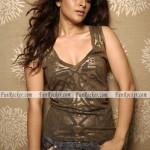 Reema-Sen-Sizzling-Sexiest-Photo-shoot-(FunRocker.Com)-08