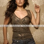 Reema-Sen-Sizzling-Sexiest-Photo-shoot-(FunRocker.Com)-09