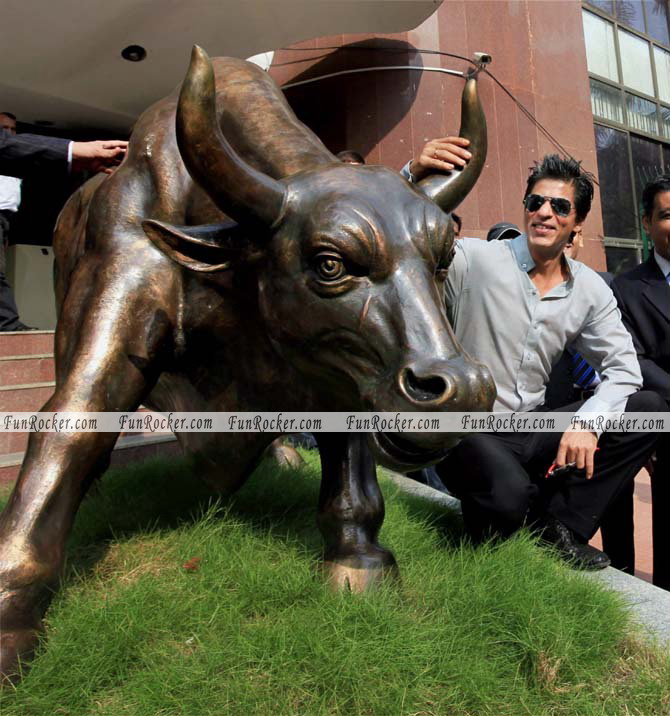 Shah Rukh Khan Photos at the Bombay Stock Exchange