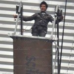 Sharukh-Khan-(DON 2)-On-The-Sets-Pictures-(FunRocker.Com)-09