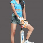 Ponam-Pandey-Cricket-2011-Strips-Pictures-(FunRocker.Com)-15