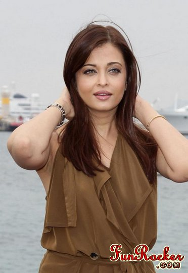 Aishwarya Rai Bachchan Pics For Her New Movie Heroine