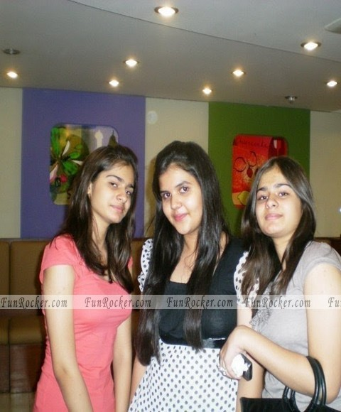 Pakistani Sexiest Girls Pictures 2012
