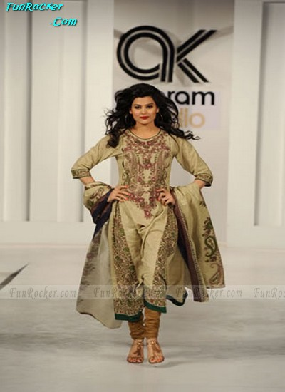 Winter Fashion 2011 Australia on Winter Fashion Latest Trend Collection 2011 2012 Pakistani Winter