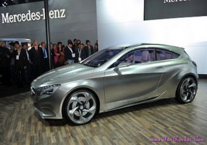 Latest-Cars-Exhibition-Pictures-(FunRocker.Com)-13
