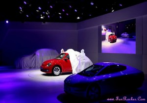 Latest-Cars-Exhibition-Pictures-(FunRocker.Com)-16
