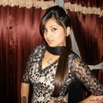 Latest-Desi-Girls-Pictures-(FunRocker.Com)-1