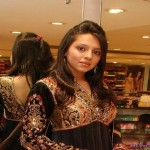 Latest-Desi-Girls-Pictures-(FunRocker.Com)-6