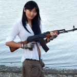 World-Hottest-Girls-With-Danger-Weapons-(FuRoCker.Com)-11