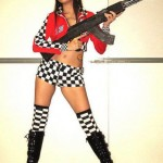 World-Hottest-Girls-With-Danger-Weapons-(FuRoCker.Com)-13
