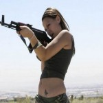 World-Hottest-Girls-With-Danger-Weapons-(FuRoCker.Com)-16