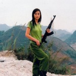 World-Hottest-Girls-With-Danger-Weapons-(FuRoCker.Com)-18