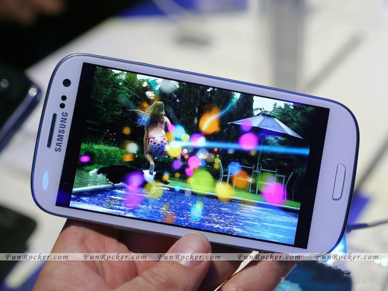 Samsung I9300 Galaxy S III First look