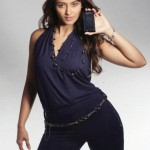 Ileana-D-Cruz-Hot-(FunRocker.Com)-10