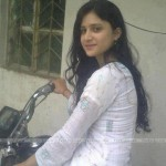 Pakistani-Hot-Desi-Girls-Pics-(FunRocker.Com)-13