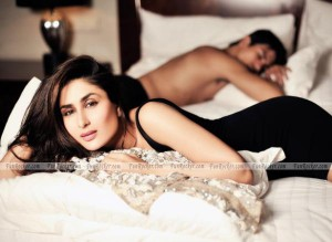 kareena-kapoor-hot-pics-(FunRocker.Com)-4