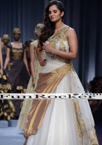 Sania-Mirza-Ramp-Walk-26