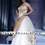 Sania-Mirza-Ramp-Walk-9
