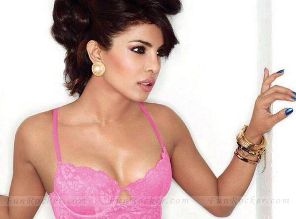 Priyanka-Chopra-hot-(FunRocker.Com)-7