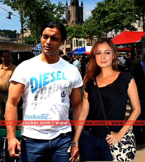 Dia Mirza and Shoaib AKhtar