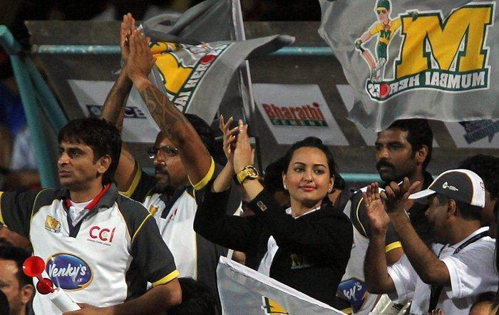 Sonakshi Sinha Brand Ambassador At CCL Opening Ceremony